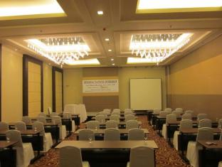 Harolds Hotel Cebu City - Ballroom