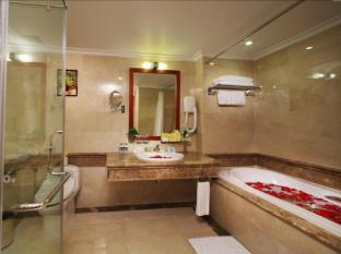 First-Luxury Wing Hotel Saigon Ho Chi Minh City - Bathroom