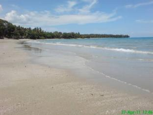 67th Heaven Holiday Resort Puerto Princesa City - Private Beach