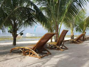 Linaw Beach Resort and Restaurant Bohol - Beach