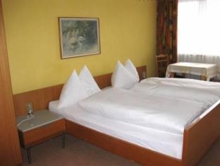 Gadenstatter Sonnberg Apartments Zell Am See - Guest Room