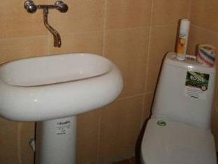 Hotel Na Petrovke Moscow - Bathroom