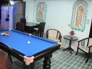 Joe Palace Beach Living Jomtien Pattaya - Snooker Room