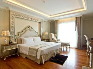 LK The Empress Pattaya - Deluxe Sea View