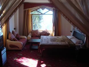 Agrostone Cottages Shimla - Family Suite Room