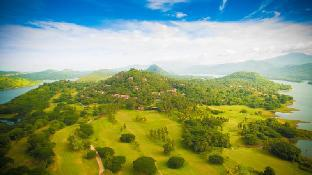 Victoria golf and country resort / Victoria Chalets