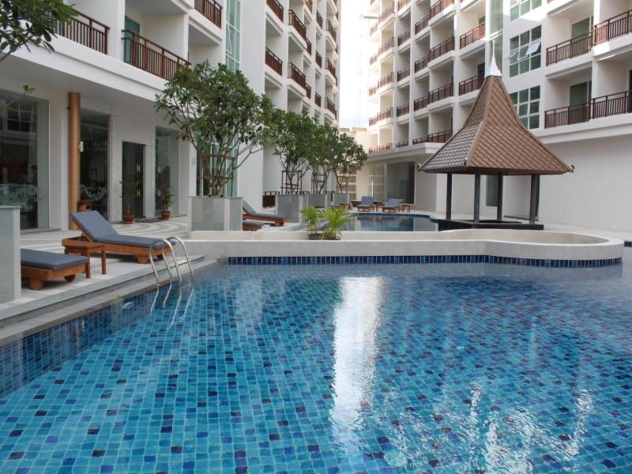 คริสตัล พาเลซ โฮเต็ล พัทยา (Crystal Palace Hotel Pattaya)