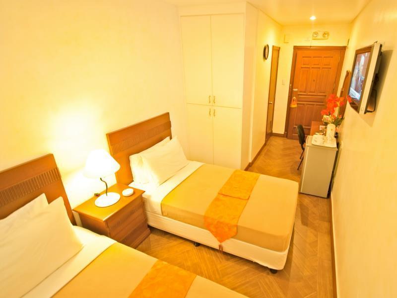 アビテル ホテル (Avitel Hotel)