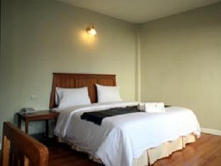 スリ チュンポーン ホテル Sri Chumphon Hotel