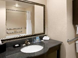 Hampton Inn & Suites Mansfield, PA