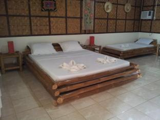 Villa Belza Resort Panglao Island - King size Room
