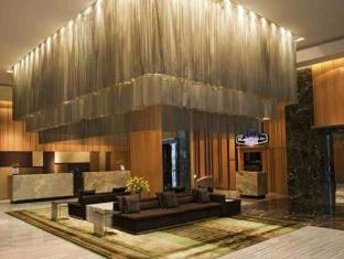 DoubleTree by Hilton New Delhi – Noida – Mayur Vihar New Delhi and NCR - Lobby