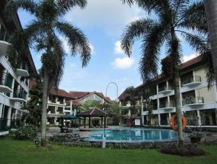 Lido Lakes Resort and Conference Bogor - Swimming Pool