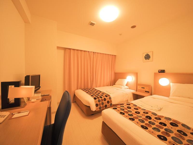 スマイルホテル沖縄那覇 (Smile Hotel Okinawa Naha)