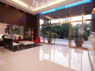 Golden Hot Spring Hotel Taipei - Lobby