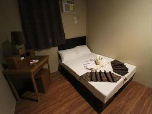 Salem Domestic Guesthouse Manila - Standard with Private Bathroom