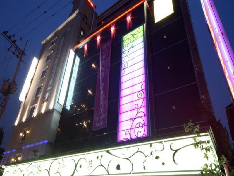 South Korea-호텔 레인보우 (Hotel Rainbow)