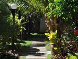 Paragayo Resort Bohol - Otelin İç Görünümü
