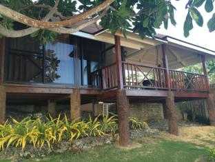 Anda White Beach Resort Bohol - Beachfront Bungalow