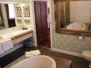 Motel Mayfair on Cavell Hobart - Bathroom