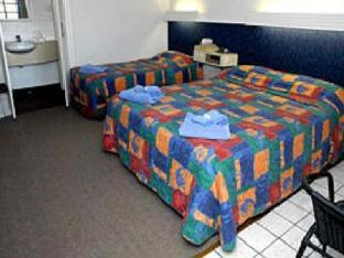 Best guest rating in Ingham ➦ Hinchinbrook Marine Cove Motel takes PayPal