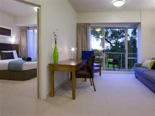 Auckland Takapuna Oaks Hotel hotel accepts paypal in Auckland