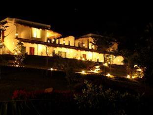 サムティータレー リゾート Samunthitar Resort