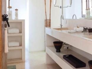 Hotel Hacienda VIP Merida - Bathroom