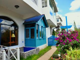 Dali Full Moon Island Hotel - Dali