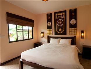 Monn Phu Phrai guestroom junior suite
