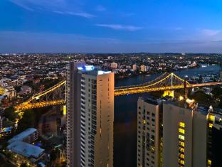 Meriton Serviced Apartments Adelaide Street Brisbane - River View