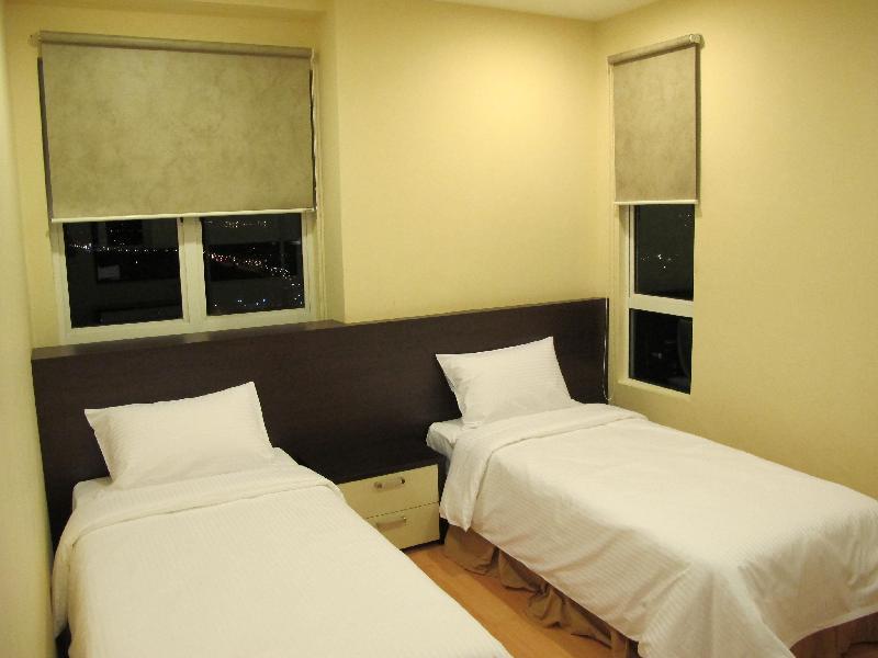 ボメロ ホリディ ホームズ(Borneo Holiday Homes @ 1Borneo Tower B Condominium)
