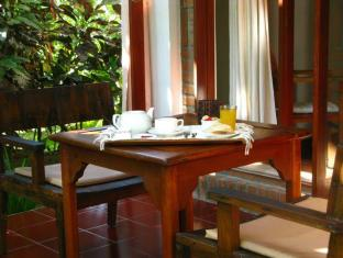 Tropical Bali Hotel Μπαλί - Μπαλκόνι/Βεράντα