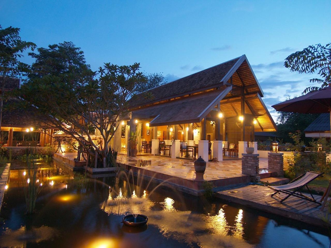 บ้านฟ้าดาว แฟมิลี่ รีสอร์ท (Baan Fadow Family Resort)