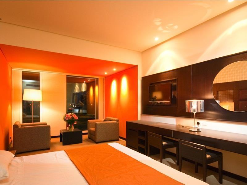 Hues Boutique Hotel – Dubai 5