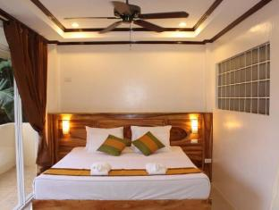 Palms Cove Resort Panglao Island - Suite Bedroom