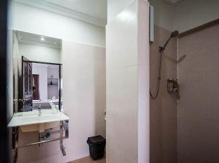 Angkor International Hotel Phnom Penh - Bathroom