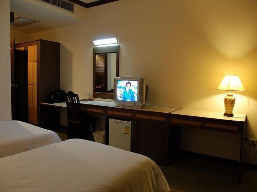 Chainatthani Hotel