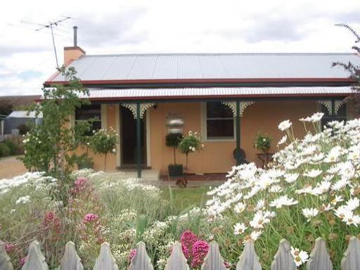 Penola Cottages and Retreats hotel accepts paypal in Coonawarra