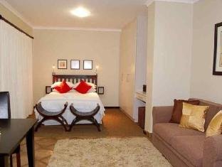 Lalapanzi Guest Lodge Port Elizabeth - Double Room