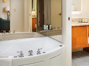 Hilton Suites Atlanta-Perimeter