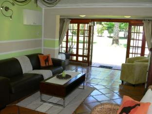 Orange-Ville Guesthouse Stellenbosch - Suiterom