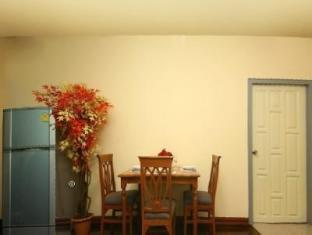 Omni Suites Aparts-Hotel Bangkok - 1 Bedroom Superior Suite <BR> Dining area