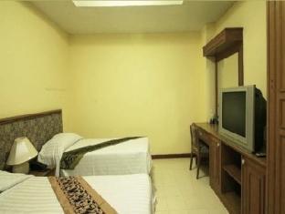 Omni Suites Aparts-Hotel Bangkok - 2 Bedroom Suite <BR> Second Bedroom