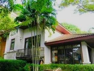 Phuket Nature Home Resort at Naiyang Beach Phuket - Tampilan Luar Hotel