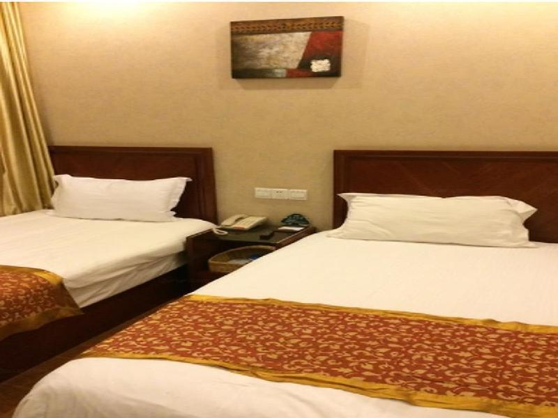 Deluxe Twin Room-Domestic Residents Only