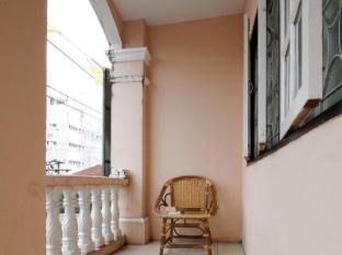 Inn Town Guesthouse Phuket - Balcony/Terrace