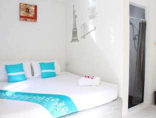 Phuket Backpacker Hostel بوكيت - غرفة الضيوف