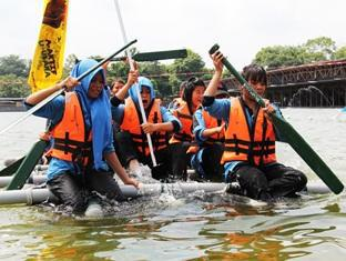Sinar Serapi Eco Theme Park Resort Kuching - Rafting