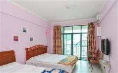 18 DEGREE SUNNY HOLIDAY APT Family Studio with Courtyard view, Sanya